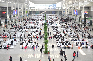 虹桥火车站增设多项智能设备