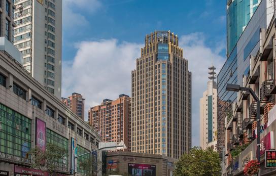 嘉杰国际广场有面积出租吗?